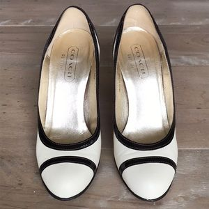 Coach Cassia Pumps